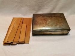 Osztott ezüst doboz 335 gramm fa szerelékek nélkül, 17x12x4 cm