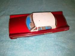 Lemezárugyár felhúzós autó