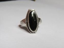 Fekete köves, törzsi jellegű, régi ezüst gyűrű (onix)