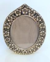 Ezüst virágdíszes asztali képtartó, ovális alakú, antik