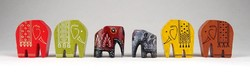 1C522 Kisméretű színes faragott festett fa elefánt 6 darab