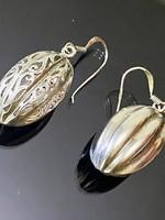 Mesés ezüst fülbevaló pár