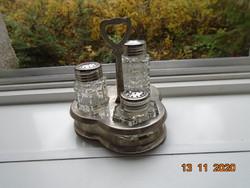 Ezüstözött kupakokkal nehéz dombor öntött üveg fűszertartó készlet kiskanállal