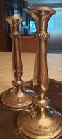 Jelzett ezüst 1850-években készült Bécsi rózsás gyertyatartópár  28cm magas átmérő 13cm