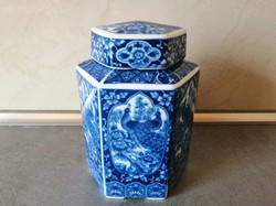 Páva mintás, japán fedeles porcelán teatároló doboz