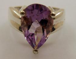 925-ös ezüst gyűrű nagy lila kő