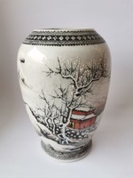 Chinese porcelain vase Republic periode