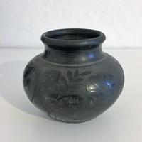 Nádudvari fekete kerámia váza