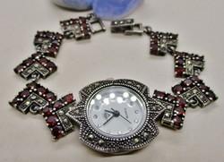 Csodaszép régi gránát és markazitköves ezüst óra