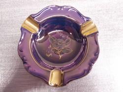 Porcelán hamutál