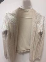 Különleges kasmír pulóver flitter és gyöngy díszítéssel