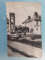 Régi képeslap Gyöngyös szovjet emlékmű