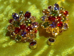Meseszép aranyozott színes drágaköves nagy fülbevaló arany