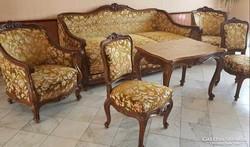 Eladó 2 db neobarokk garnitúra asztalok nélkül , valamint egy darab zöld kanapé és 1 db zöld fotel