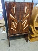 Kivételes art deco két ajtós szekrény