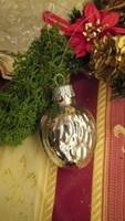 Üveg karácsonyfadísz ezüst dió