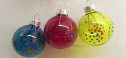 Régi üveg karácsonyfadísz szett szines gömbök