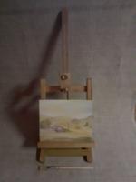 Igényes kis méretű réz csavarokkal állítható festőállvány ajándék festménnyel és ecsettel