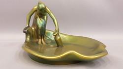 Zsolnay eozin mázas vízmerítő nő