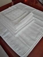 6 db új, hófehér damaszt szalvéta,  45 x 45 cm
