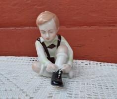 Aquincumi, Aquincum ritka festésű,barna nadrágos, fekete cipős  öltözködő kisfiú, fiú Gyűjtői darab