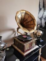 Meseszép gramofon - A hirdetés videó felvételt tartalmaz