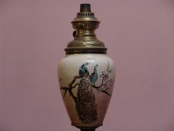Antik porcelán petróleum lámpa