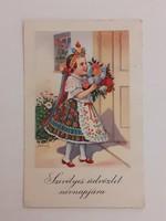 Régi képeslap népviseletes kislány levelezőlap