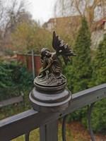Pihenő tündér - bronz szobor