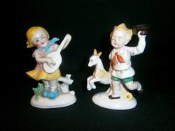 2 db régi német Lippelsdorfi porcelán: kislány gitárral és integető kisfiú csikóval