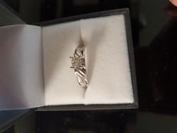 Fehérarany gyűrű 0,27ct gyémánttal