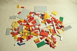 LEGO -val megegyező méretű és összeillő NEM LEGO márkájú építőjáték