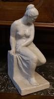 Kerényi Jenő szobor