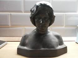 Szecessziós kedves arcú Női Büszt Farkas Miklós 1900 évek eleje