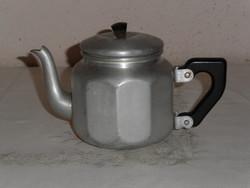 Retro, régi fém teás kancsó, kiöntő