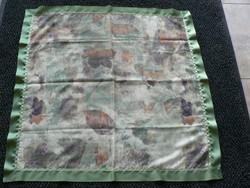 Asztalterítő, asztalközép selyem terítő 85 x 85 cm