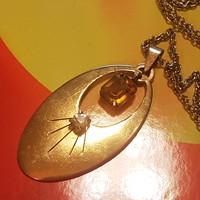 Art deco aranyozott Cirkon köves medál. 5 cm-es