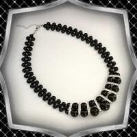 Ékszerek-nyakláncok: Alkalmi nagy gyöngyös nyaklánc kristály köves díszitő elemekkel, ES-L02-2e