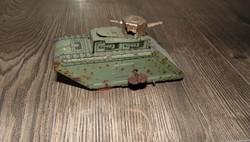 Festett bádoglemezből készült játék tank felhúzos óraműves