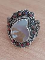 Egyedi,opálokkal díszített ezüst gyűrű