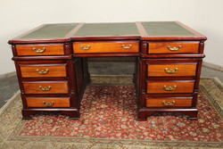 Hatalmas Angol chesterfield dupla íróasztal