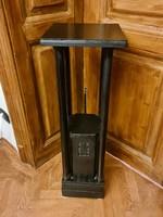 Artdeco pedestal