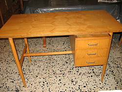 Retro Lyon íróasztal