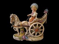 E_019 Lippelsdorfi porcelán lovas hintó, lovas fogat női hajtóval