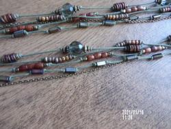 Bizsu nyaklánc  föld színekben