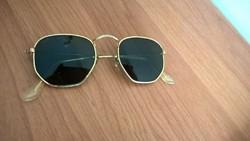 Egy régi B&L Ray Ban napszemüveg USA gyűjtőknek