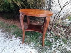 Szép erezetű art deco kör asztal