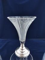 Ezüst talppal váza