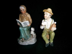 2 db biszkvit porcelán figura: olvasó anyóka cicával és borozgató apóka