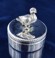 Édes ezüst kacsás doboz, keresztelőre, babaváró, fogtündérnek